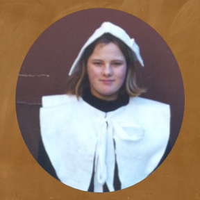 student dressed like a colonial