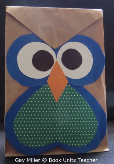 Owl Treat Bag - Simple easy craft to use with the book Hoot by Carl Hiaasen.
